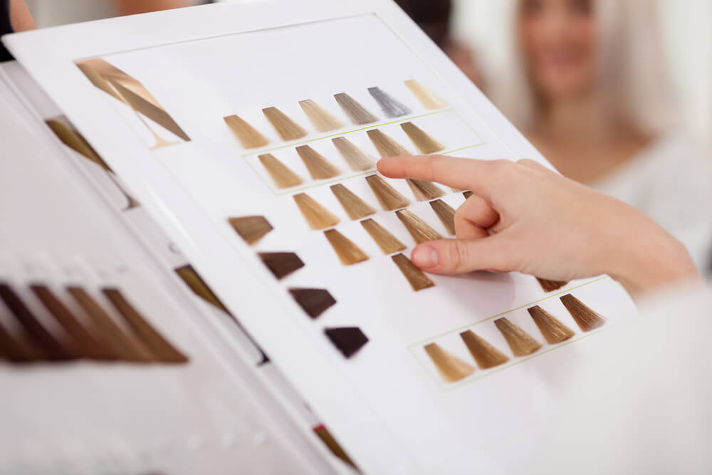 Choosing hair dye color